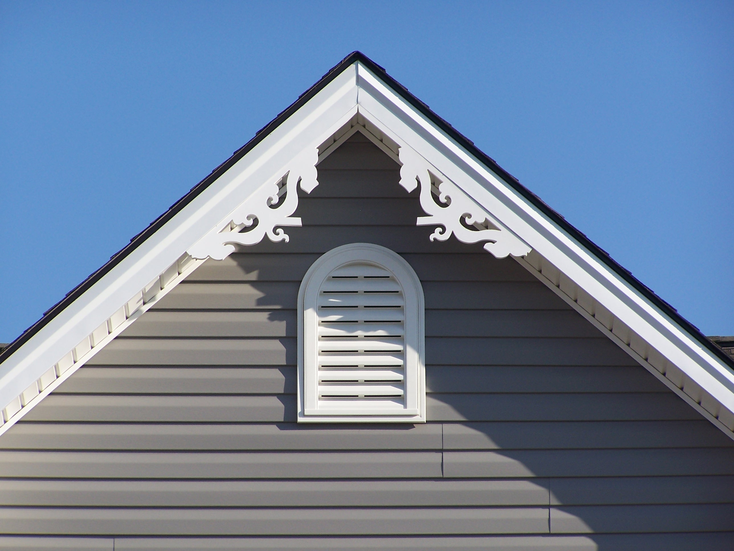 Search results fypon decorative millwork gable for Fypon gable pediments